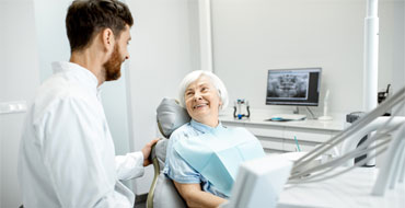 What to expect during your dental implant procedure